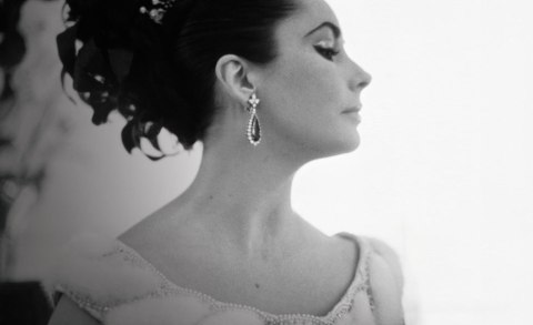 Elizabeth Taylor wearing earrings from the Bulgari emerald suite. Photo: Corbis