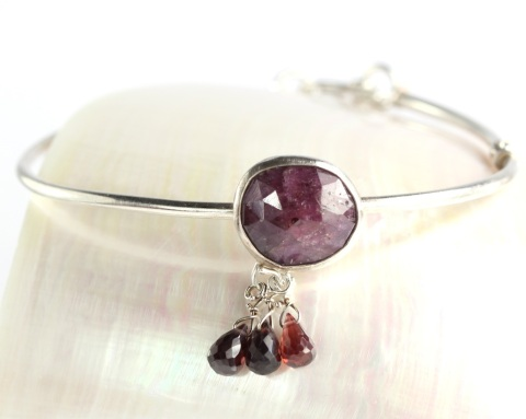 Rose Cut Sapphire Bangle with Briolettes